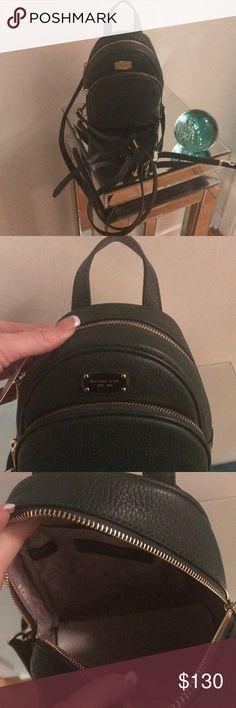 Michael Kors Bag Small dark green Michael Kors bag. Has adjustable straps to wear in multiple lengths. Michael Kors Bags Shoulder Bags