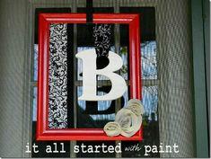 monogram_picture_frame_wreath_red_black_white