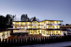 Hotel Melanie bei Nacht