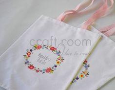 μπομπονιερα βαπτισης τσαντακι για κοριτσι με ρομαντικα στεφανακια απο λουλουδια
