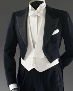 Tailcoat worn by Fred Astaire in the 1937 film 'Shall We Dance'. The tailcoat is displayed in the Theatre & Performance Galleries in the Victoria & Albert Museum along with a dress worn by Ginger Rogers in the 1944 film 'Lady in the Dark'. #andersonandsheppard