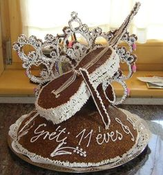 Love this Cello cake