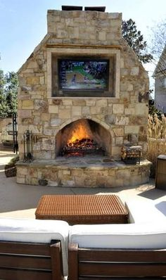 Crestron-controlled outdoor viewing area in TN.