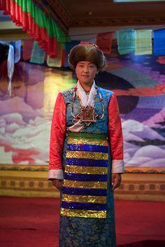 Traditional Tibetan costume  | China photo