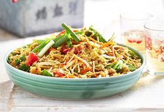 Using chicken mince, this chow mein recipe comes with crunch thanks to crispy fried noodles. It only takes 20 minutes to make, and is a great weeknight dinner.