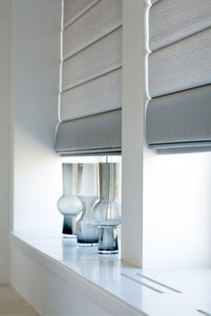 http://www.homestyleblinds.co.uk/images/111-uniview-storm-3000(400x600).jpg