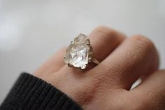 24 Raw Stone Engagement Rings on Etsy for Non-Traditional Brides Raw Stone Engagement Rings, Traditional Engagement Rings, Alternative Engagement Rings, Bohemian Engagement Rings, Bohemian Wedding Rings, Traditional Wedding Rings, Engagement Ring Buying Guide, Engagement Ring Settings, Ring Engagement