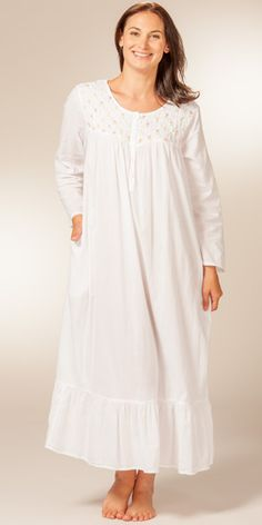 Rosebud Embroidered Ballet White Nightgown