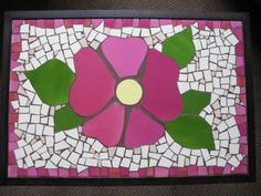 Mosaic Planters, Mosaic Tray, Mosaic Garden, Mosaic Tables, Mosaic Madness, Deco Mesh, Stained Glass, Diy And Crafts, Mandala