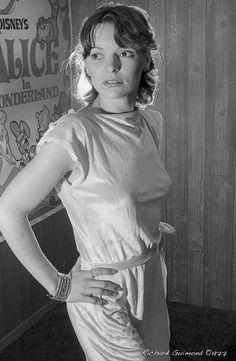 Renée Bordeleau, Chambly, Photo by Richard Guimond ©1977 19771019  Nikon F2a 105mm f2.5 2x Honeywell Strobonar 202, Tri-X D-76 105mm, Tri, Domestic Goddess, Photographs, Photos, Archaeology, Book Worms, Nikon, Religion