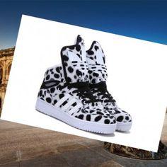 new concept 143b4 2443e Roma Adidas Originals Jeremy Scott Spot Inverno Di Scarpe Da Donna Bianco  Nero consente di abbigliamento casual