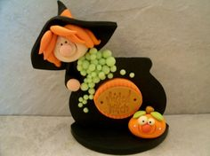 Wicked Witch and Cauldron - Halloween Figurine