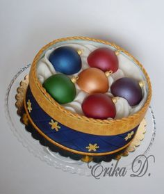 Christmas cakes - Cake by Derika Christmas Themed Cake, Christmas Cake Designs, Christmas Cake Decorations, Christmas Desserts, Christmas Treats, Christmas Baking, Decoration Patisserie, New Year's Cake, Fantasy Cake