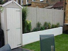 Low Maintenance Small Backyard Garden Ideas - Page 24 of 58 Grey Fence Paint, Fence Paint Colours, Small Backyard Gardens, Backyard Fences, Garden Fencing, Garden Sheds, Backyard Ideas, Grey Fences, Low Maintenance Garden