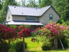 Sandlake Country Inn - Pacific City, Oregon. Pacific City Bed and Breakfast Inns