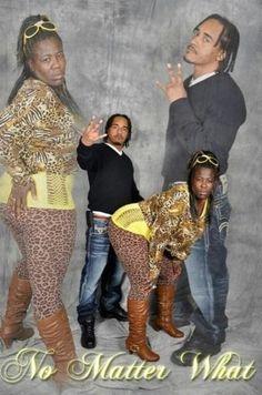 Bad Family Photos: 16 Funny & Awkward Gems                                                                                                                                                      More