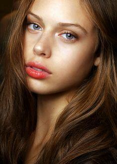 Spring Makeup - flus