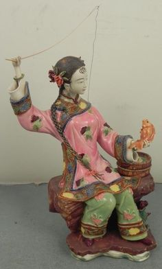 Chinese Lady Fishing Ceramic Figurine