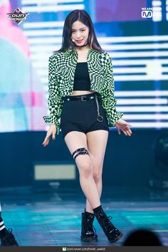 [press] itzy ryujin at m countdown Stage Outfits, Kpop Outfits, Kpop Girl Groups, Kpop Girls, Rapper, Kpop Fashion, Korean Fashion, Girl Dancing, Ulzzang Girl