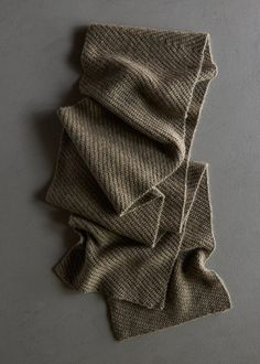 Shifting Angles Scarf   Purl Soho Mens Scarf Knitting Pattern, Mens Knitted Scarf, Knitting Stitches, Knitting Yarn, Free Knitting, Baby Knitting, Knitted Scarves, Knit Shawls, Man Scarf Knit