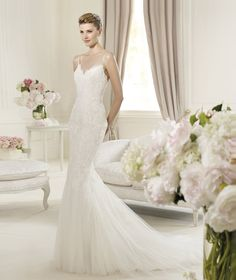 Pronovias presents the Usana wedding dress. Fashion 2013. | Pronovias