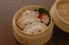 Kid felt food... Dumplings. How cute!