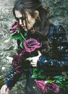 Keira Knightley - Harper's Bazzar UK | Sept. 2012