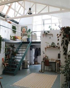 This shot of the studio is by far my most liked post of No surprises there, I love it too. 2018 turned out to be a special one! Dream Home Design, Tiny House Design, Home Interior Design, Interior Architecture, Dream Apartment, Apartment Living, Apartment Therapy, Aesthetic Rooms, Deco Design