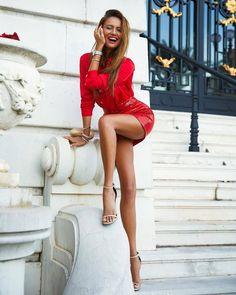 Spectacular long perfect crossed legs