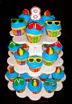 @KatieSheaDesign ♡❤#CupCakes ❥ Pool #Party Cupcakes