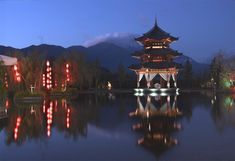 The stunning Banjan Tree Lijiang hotel overlooking Jade Dragon Snow Mountain, China - http://www.adelto.co.uk/the-stunning-banjan-tree-lijiang-hotel-overlooking-jade-dragon-snow-mountain-china