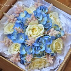 Wedding Flowers Blog: Bouquets hand tied