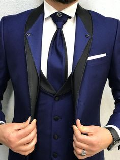 Product : Ferrar Groom Collection Sax Suit Color code : Sax Blue Size : EU material: Viscose, PolyesterMachine washable : NoFitting : Regular Slim-fitRemarks: Dry Cleaning Only Season : 2019 Spring Wedding Season Wedding Dresses Men Indian, Wedding Dress Men, Wedding Suits, Prom Suits For Men, Dress Suits For Men, Blazer Outfits Men, Stylish Mens Outfits, Tuxedo Suit, Tuxedo For Men