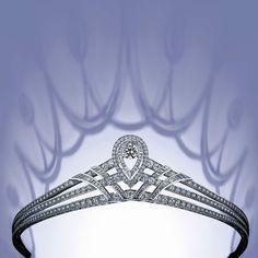Josephine tiara in platinum,paved with brilliant-cut diamonds,set with a brilliant -cut diamond