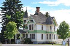 Victorian Mansion in…