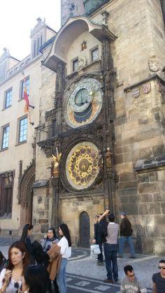 Praga piazza dell'orologio