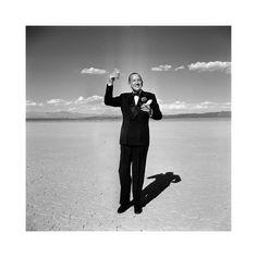 #mood #saturdaynight Actor Noel Coward photographed by Loomis Dean in the Las Vegas desert in 1955. #saturday #night #style #menwithclass #suitup #suit #dapper #dappermen #party #instamood #blacktie #ootd #lasvegas #noelcoward #loomisdean #menswear #mensstyle #hollywood #50s