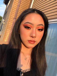 Makeup Addiction Channel Makeup, How To Match Foundation, Fake Blood, Magic Eyes, Setting Spray, Secret Obsession, Photo Quality, Color Correction, Golden Hour