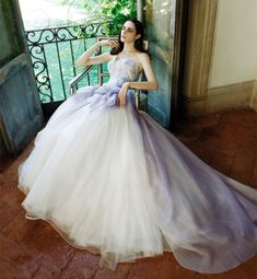 Rosanna Perrone purple chiffon wedding dress robe légère et romantique Ombre Wedding Dress, Wedding Dress 2013, Stunning Wedding Dresses, Colored Wedding Dresses, Dream Wedding Dresses, Purple Wedding, Wedding Bride, Wedding Gowns, Wedding Reception