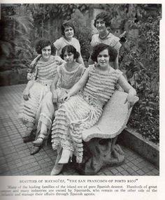 Bellezas de Mayaguez, el San Francisco de Puerto Rico, muchas de las familias de la isla son de ascendencia española pura según el escrito, yo difiero en lo relacionado a puro.