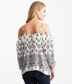 4695782138acc9 3 4 Sleeve Paisley Cold-Shoulder Peasant Top - Peasant Tops