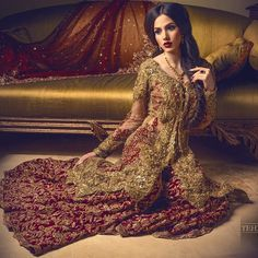 Pakistani wedding dresses and bridal Lehenga are so loved by everyone for their intricate designs and heavy embroidery. Pakistani Couture, Pakistani Wedding Dresses, Pakistani Outfits, Indian Dresses, Pakistani Mehndi, Shadi Dresses, Desi Wedding Dresses, Wedding Outfits, Indian Bridal
