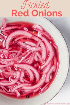 These tangy pickled red onions are the perfect topping to your dishes. So good you'll be eating them straight out of the jar! #pickledonions #pickledredonions #pickling #redonion #pickled #pickles Zuchinni Recipes, Veggie Recipes, Appetizer Recipes, Vegetarian Recipes, Appetizers, Veggie Food, Tamales, Pickled Cauliflower, Quick Pickled Red Onions