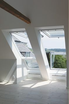 VELUX CABRIO Balcony System - Enjoy a Juliet balcony in your roof loft conversion- lighting … Attic Renovation, Attic Remodel, Loft Room, Bedroom Loft, Bedroom Windows, Attic Bedrooms, Roof Window, Attic Window, Open Window