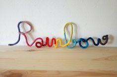 Mot en tricotin Rainbow Arc en ciel mot en laine paillettes décoration murale chambre d'enfant bébé le panda volant