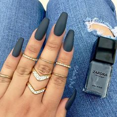 "Loving this look!  Our ""GUNMETAL"" Nail Lacquer + MATTE Top Coat #ZAPORA #ZAPORANailLacquer www.shopzapora.com - photo by @glambymeli"