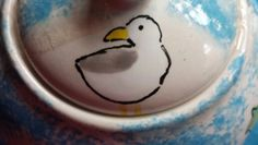 Cyril the seagull on teapot lid