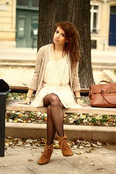 Lovely fall dress! Find more like this here - http://www.studentrate.com/fashion/fashion.aspx