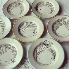 Plates with portraits