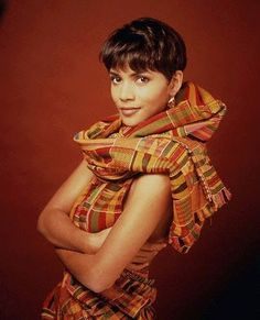 Actress Halle Berry in Kente cloth.